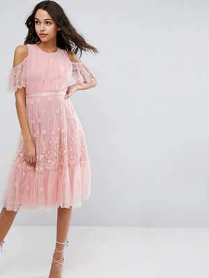 Needle & Thread Daisy Embroidery Midi Dress With Cold Shoulder - Bright pink