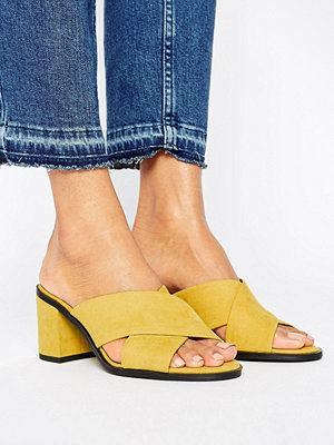 New Look Suedette Cross Strap Heeled Mule