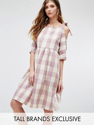 Glamorous Tall Gingham Printed Cold Shoulder Midi Dress