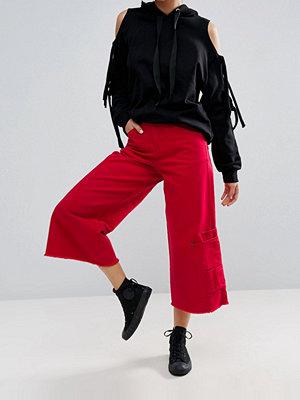 Jeans - ASOS Pocket Hem Skater Jean in Bright Red