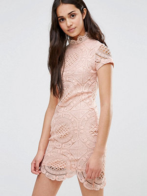 Girl In Mind Short Sleeve Lace Pencil Dress