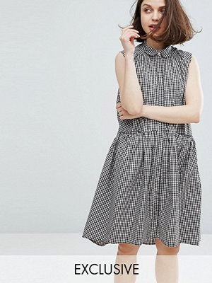 Monki Gingham Tiered Hem Dress