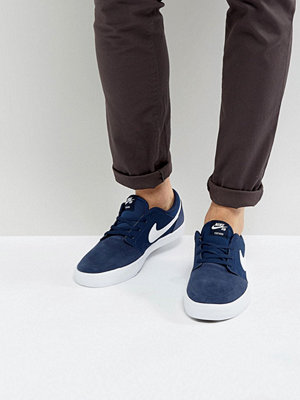 Nike Sb Portmore II SS Trainers In Navy 880266-410