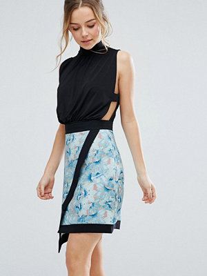 Closet London Wrap Front Skater Skirt With Contrast Piping