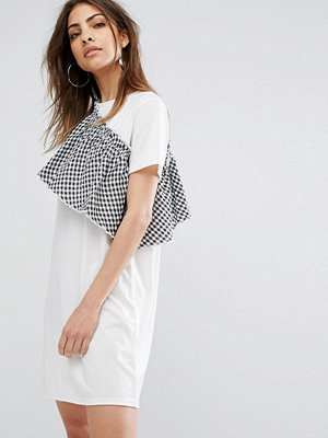 Daisy Street T-Shirt Dress With Gingham Ruffle
