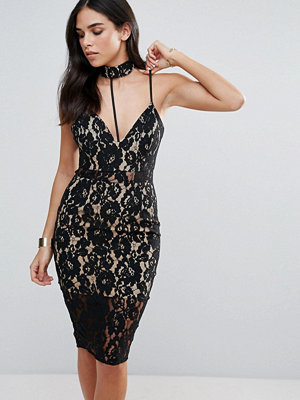 Love Triangle Lace Dress