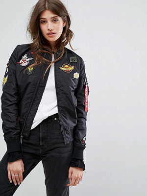 Bomberjackor - Alpha Industries MA-1 TT Bomber Jacket with Patches