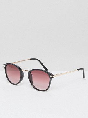 Solglasögon - AJ Morgan Round Sunglasses In Black