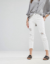 Noisy May Boyfriend Destroyed Ankle Cut Jeans