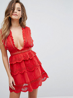 PrettyLittleThing Lace Plunge Skater Dress