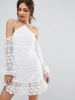 PrettyLittleThing Cold Shoulder Lace Dress