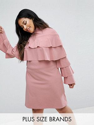 Festklänningar - Club L Ruffle Layer Detail Dress