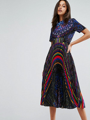 Skeena S Midi Dress in Allover Print with Pleated Skirt