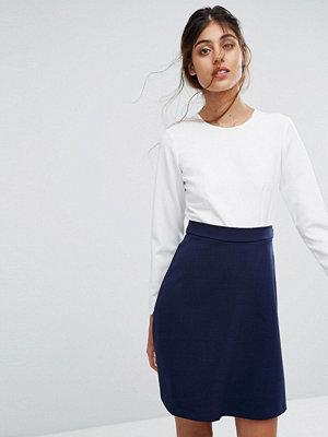 Closet London Textured Skirt Tie Back Dress