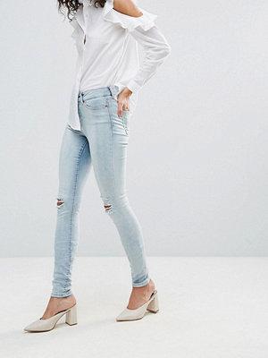 Vero Moda Skinny Jean With Ripped Knee