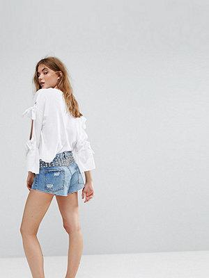 Pull&Bear Shorts med nitar och knappar