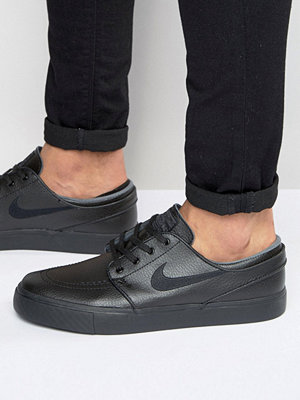 Nike Sb Stefan Janoski Trainers In Black 616490-006