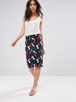 Parisian Embroidered Floral Pencil Skirt