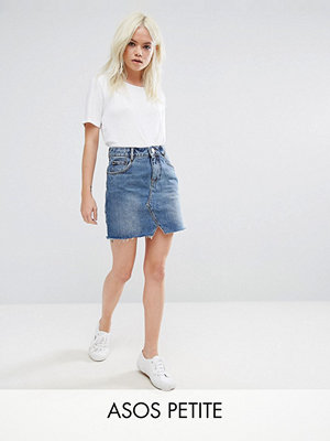 ASOS Petite Mellanblå jeanskjol i pelmet-modell