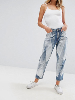 Monki Taiki Painted Mom Jeans