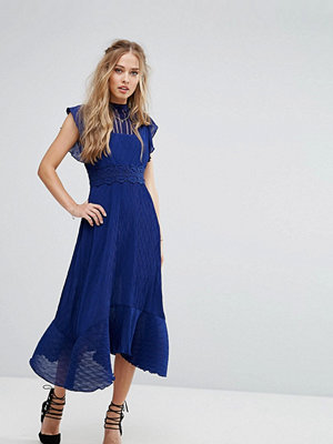 Foxiedox Midi Dress with Crochet waist