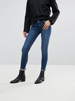 Cheap Monday Skinny jeans med låg midja