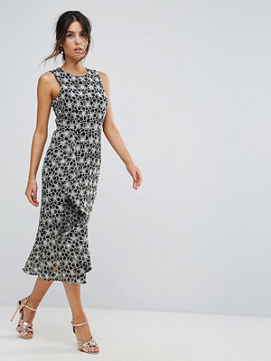 Warehouse Monochrome Lace Dress