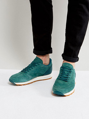 Sneakers & streetskor - Reebok Classic Leather Gum Sole Trainers In Green BD6014