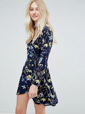 Liquorish Floral Print Wrap Dress