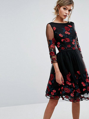 Chi Chi London Long Sleeve Prom Dress With Floral Embroidery