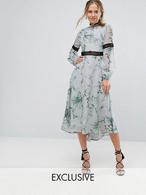Hope and Ivy Hope & Ivy Printed Open Back Midi Dress With Lace Inserts