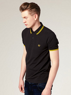 Pikétröjor - Fred Perry Slim Fit Polo with Twin Tipped in Black