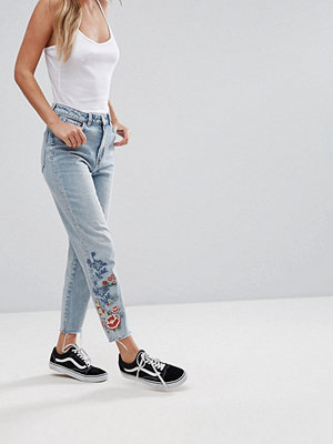 New Look Embroidered Mom Jean Sunflower Jeans