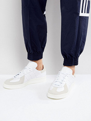 Sneakers & streetskor - Adidas Originals BW Avenue Trainers In White BZ0504