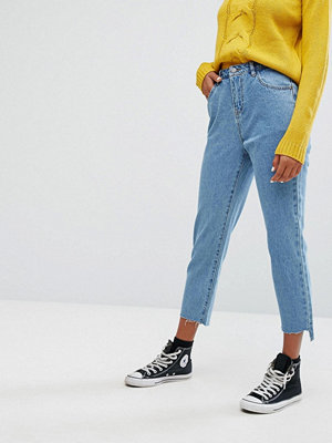 Noisy May Uneven Hem Croped Jeans