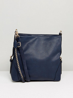 New Look axelväska Chain Strap Slouch Bag