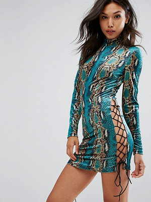 PrettyLittleThing Snake Print Velvet Tie Detail dress