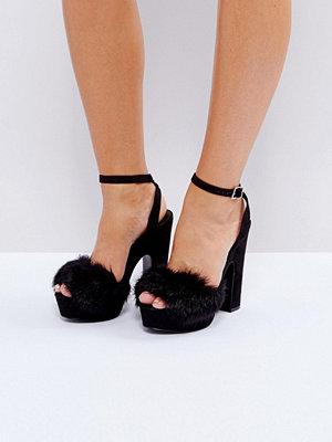 Sandaler & sandaletter - Call It Spring Aceliwiel Faux Fur Platform Sandals