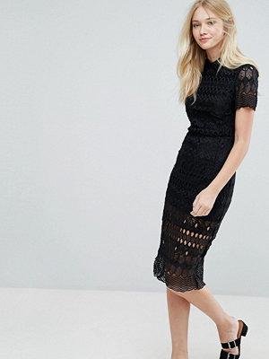 Liquorish Lace Midi Dress With Collar