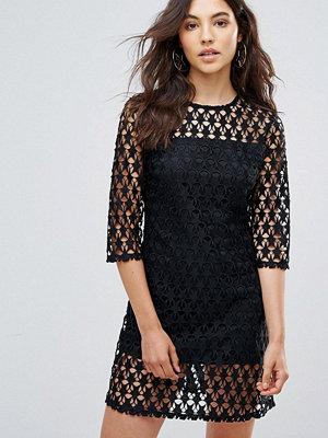 Liquorish Star Lace Shift Dress