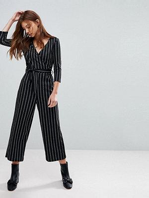 Jumpsuits & playsuits - Bershka Long Sleeve Wrap Jumpsuit