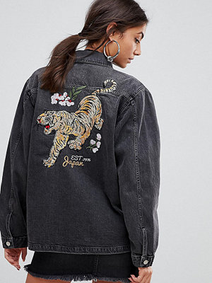 Jeansjackor - Chorus Tall Tiger Embroidery Oversized Denim Jacket