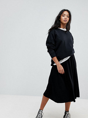 ASOS Petite ASOS DESIGN Petite midi skirt with box pleats