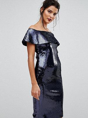 TFNC Off Shoulder allover Sequin Bandeau Midi Dress