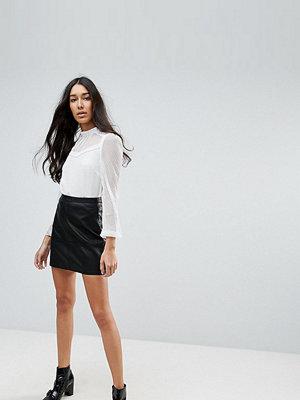 New Look Tall Leather Look Mini Skirt