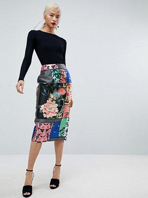 ASOS Pencil Skirt in Delicate Floral Print