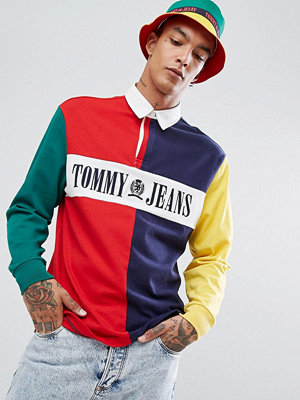 Pikétröjor - Tommy Jeans 90's Capsule Rugby Polo Long Sleeve Colourblock in Navy/Red