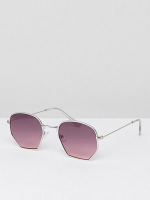 Solglasögon - ASOS Anglular Sunglasses In Silver With Purple Lens