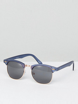 Solglasögon - ASOS Retro Sunglasses In Crystal Navy With Smoke Lens