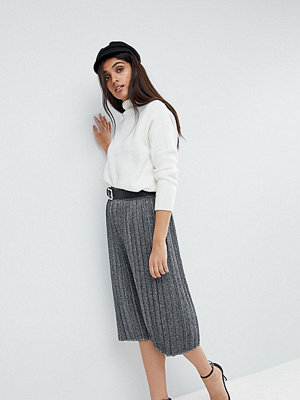 Vero Moda Tall Pleated Metallic Skirt